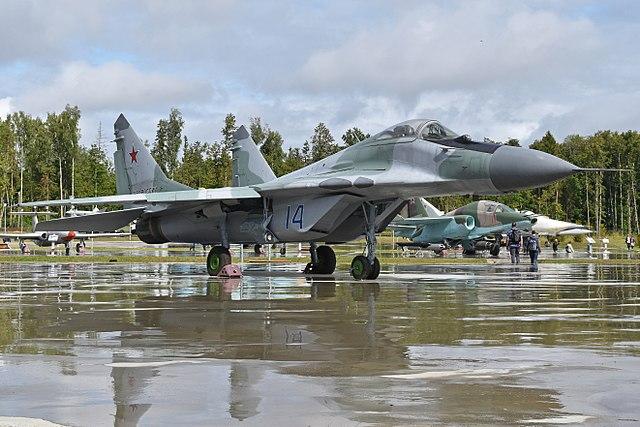 Mikoyan-Gurevich_MiG-29_9.12