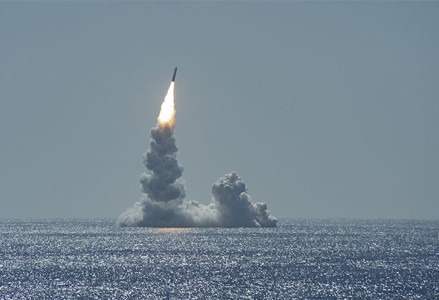 Uarmed-Trident-II-missile-launches-from-Ohio-class-submarine