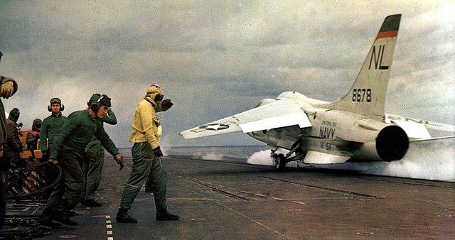 Vought_F8U-2N_Crusader